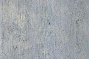 ¿Usted debe sellar muros de hormigón?