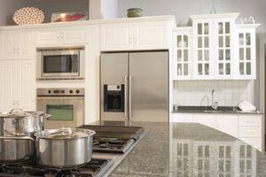Cómo nivelar un mostrador de la cocina