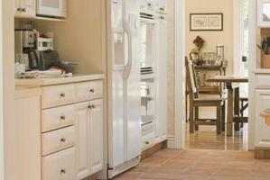 Cómo pintar muebles de madera con látex sin dejar marcas de pincel