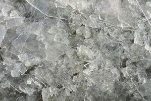 Cómo quitar un cubo de hielo atascado de mi torbellino de hielo