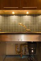 ¿Se puede utilizar líquido-Plumr en un triturador de basura que está obstruido?