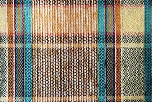 Cómo hacer una cubierta para una cama de hierro con tapicería