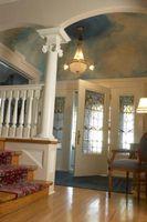 Cómo decorar la entrada de una casa dividida-Foyer