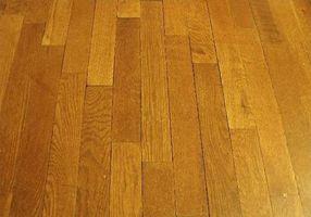 Cómo estimar los costos de piso de madera dura