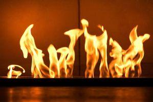 Cómo ajustar la llama del horno de azul a amarillo
