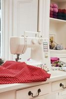 Cómo a una máquina de coser Brother cargador 031