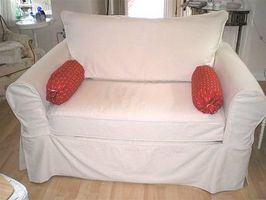 Cómo hacer una funda para un sofá de dos plazas reclinable