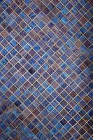 Cómo instalar un tablero de mosaico de vidrio