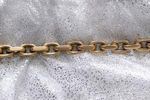 El mejor método para quitar el deslustre de la pesada de una cadena de latón