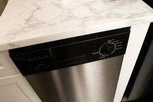 Cómo solucionar problemas de un lavavajillas sin agua