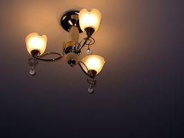 ¿Cómo reemplazar una lámpara existente?