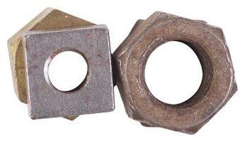 Aflojar una tuerca de tuberías oxidadas