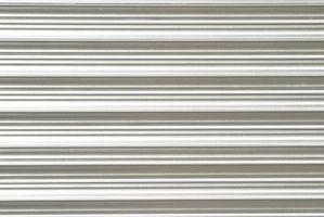 Pintar rayas horizontales en una pared que no está a nivel