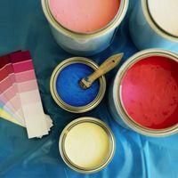 Cómo mezclar y oscurecer la pintura de la pared con una rueda de Color