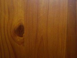 La mejor manera para pintar paneles de madera