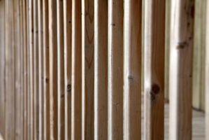 Como: Postes de madera en paredes de bloques de