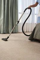 Cómo instalar el azulejo de la alfombra de la raspa de arenque
