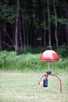 ¿Qué tipo de tanque de gas propano necesito para un calentador de mesa al aire libre?