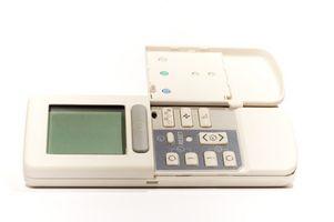 Cómo solucionar el termostato en una bomba de calor programable Robertshaw Digital