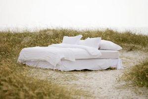 Cómo hacer camas por una estrecha escalera de Ática