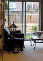 Formas elegantes para decorar puertas de vidrio corredizas