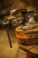 Cómo unir 2 piezas de acero de 6 pulgadas de tubo