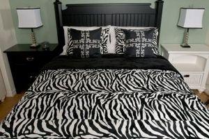 Cómo decorar habitaciones en negro y blanco