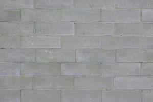 Cómo instalar paneles de yeso en una casa de bloques de hormigón Interior