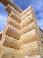 Cómo diseñar una casa de troncos de la montaña