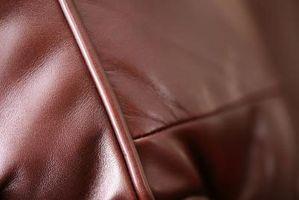 Cómo reducir las arrugas en un asiento de cuero