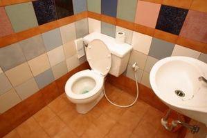 Cómo ventilar un cuarto de baño ventilador de dos maneras diferentes