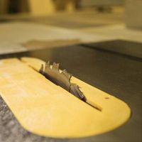 Cómo cortar el tablero de partícula melamina