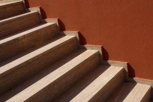 ¿Cuál es la diferencia entre un peldaño de escalera y un elevador de escalera?