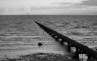 Fuentes de contaminación en la tierra Base y Base costera