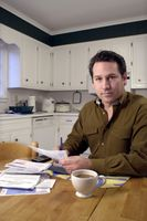 Ideas baratas para hacer agradable la apariencia de los gabinetes de cocina