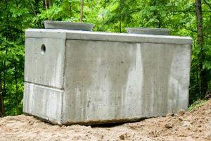 Cómo determinar el tamaño de un tanque séptico