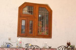 Soluciones fáciles para eliminar capas de pintura vieja de una repisa de la ventana