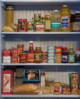 Formas de organizar su comida en una despensa de cocina