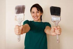 Cómo pintar gabinetes de cocina de roble de grano pesado