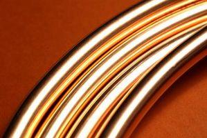 Cómo doblar 1/4-Inch tubo de cobre
