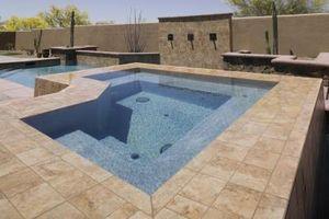 ¿Cómo marco una bañera de hidromasaje cubierta