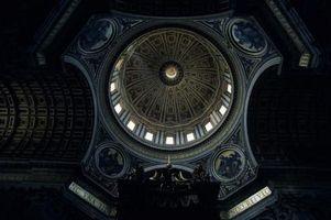 Cómo ocultar los conductos en el techo de la Catedral